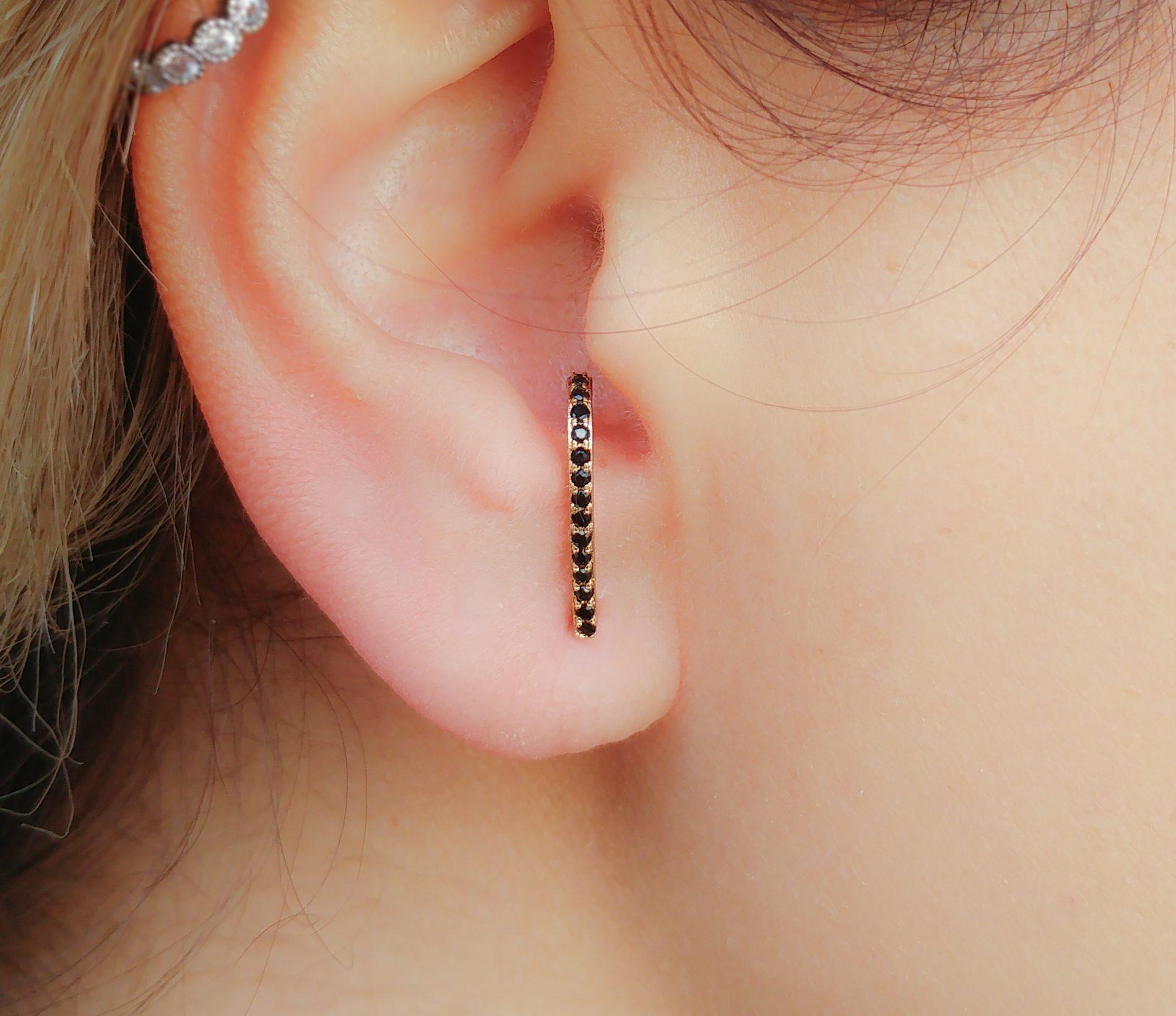 suspender earring
